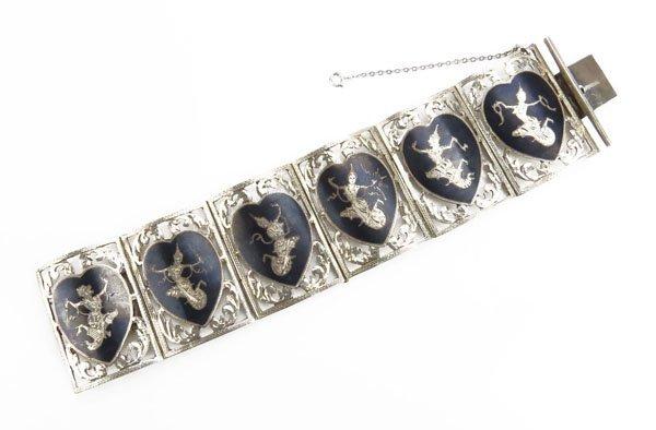 Sterling Silver Siamese Bracelet. Good Condition. Measu