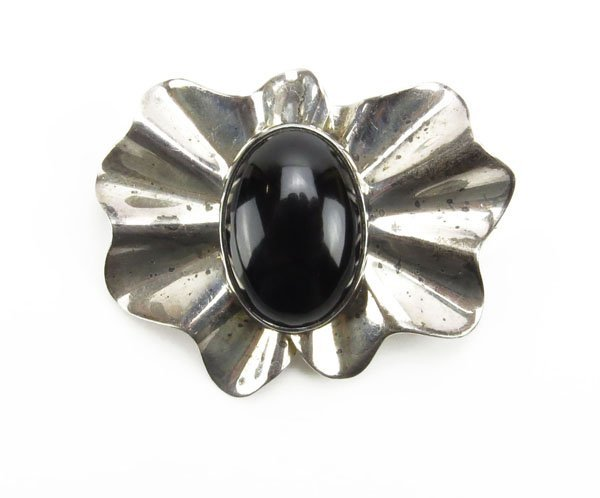 Mexican Sterling Silver and Onyx Pin/Brooch. Stamped.