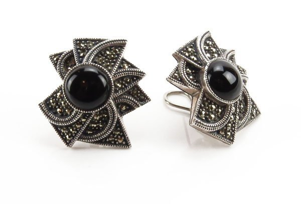 Ladies Sterling Silver Marcasite and Onyx Earrings. Sta