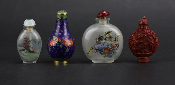 Four (4) Vintage Chinese Snuff Bottles. Good Condition.