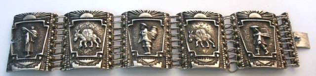 106: Mexican Silver Bracelet .900