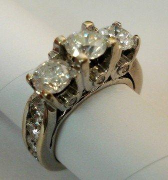 121A: Estate Diamond Ring 2.5ct. 14K Wh. Gold