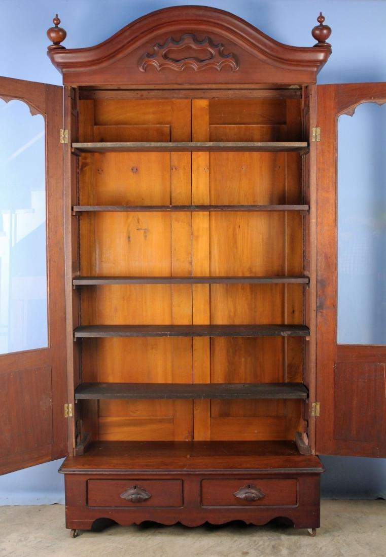 Two Door Mid 19th Century Walnut Bookcase - 4