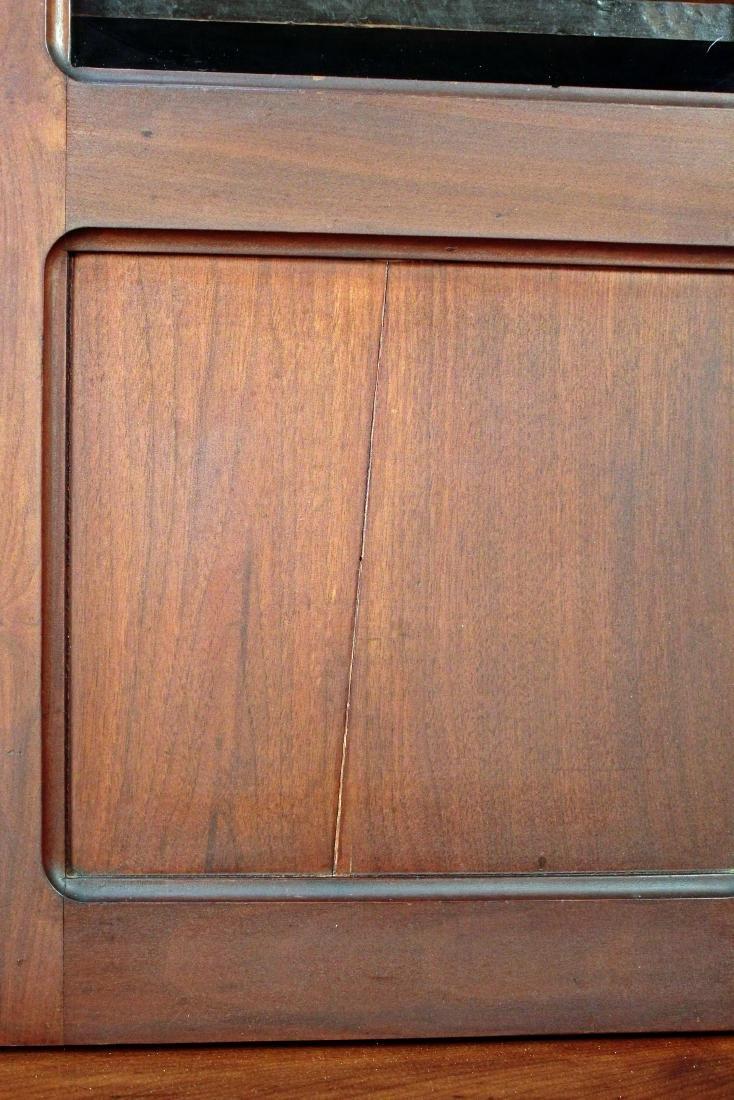 Two Door Mid 19th Century Walnut Bookcase - 5