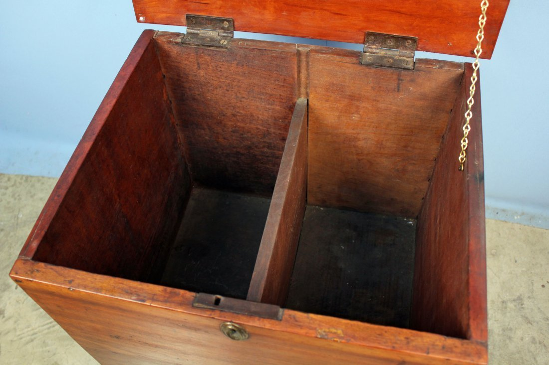 Tennessee Cherry Sugar Cherry Chest with Drawer - 4