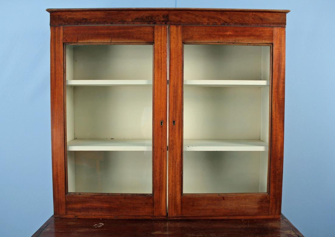 Circa 1835 Federal Mahogany Stepback Cupboard - 5