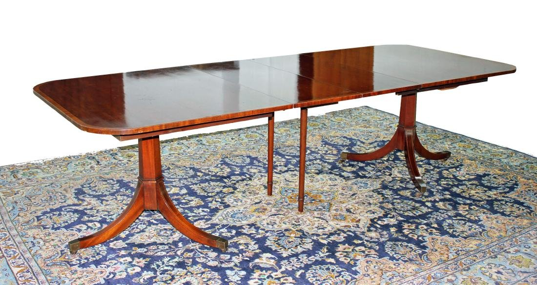 Banded Mahogany Hepplewhite Dining Table