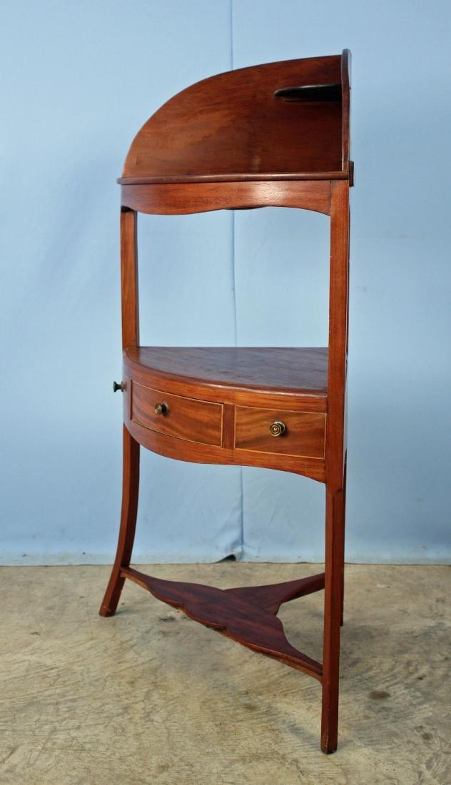 Circa 1830 Mahogany Corner Washstand - 4