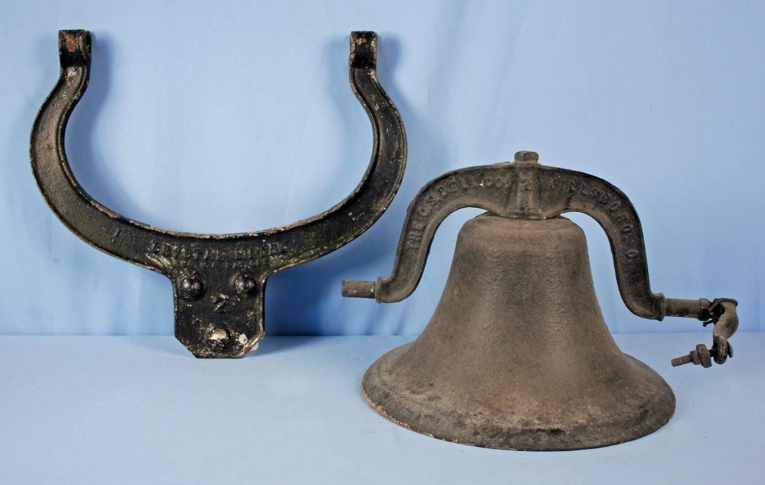 "Number ""2"" C.S.  Bell Co. Cast Iron Dinner Bell"