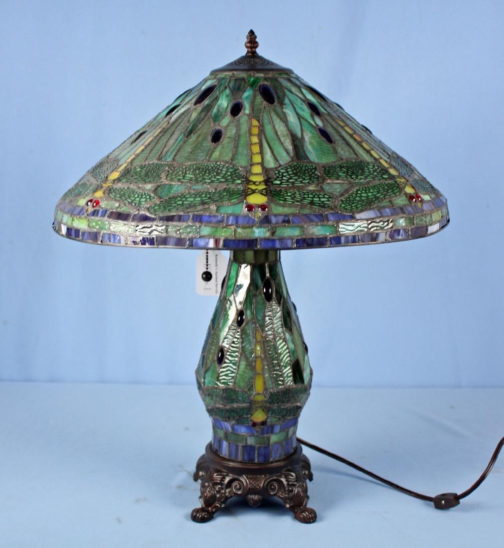 Tiffany Style Lamp W/ Dragonfly Shade