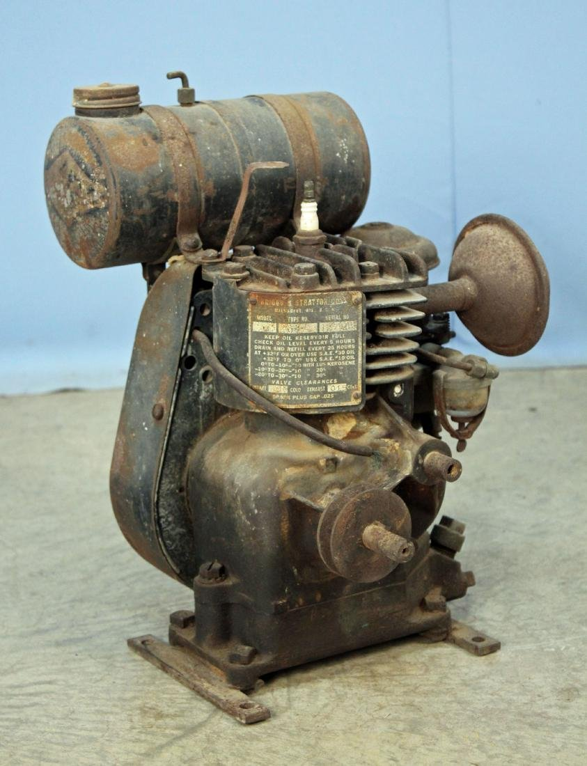 1940's Briggs & Stratton Gasoline Engine