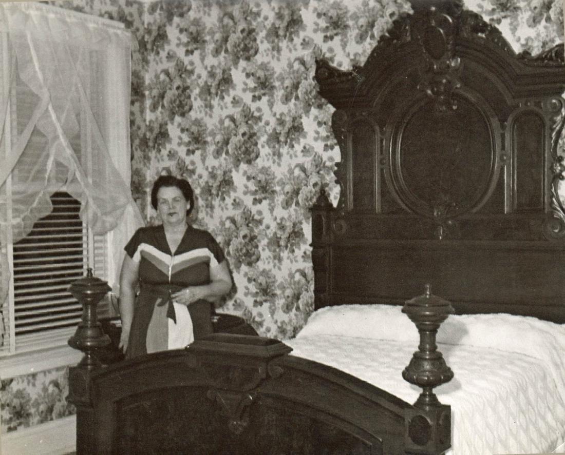 Two Pcs Renaissance Bedroom Set att. T. Brooks - 4