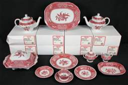 Spode Camilla Pink China Set with 47 Pieces.