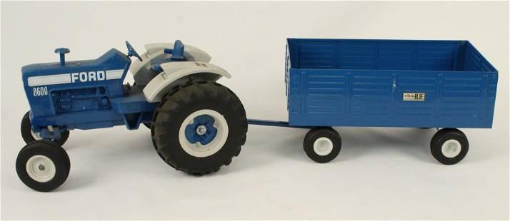 ERTL Ford Big Blue 8600 Tractor & Wagon