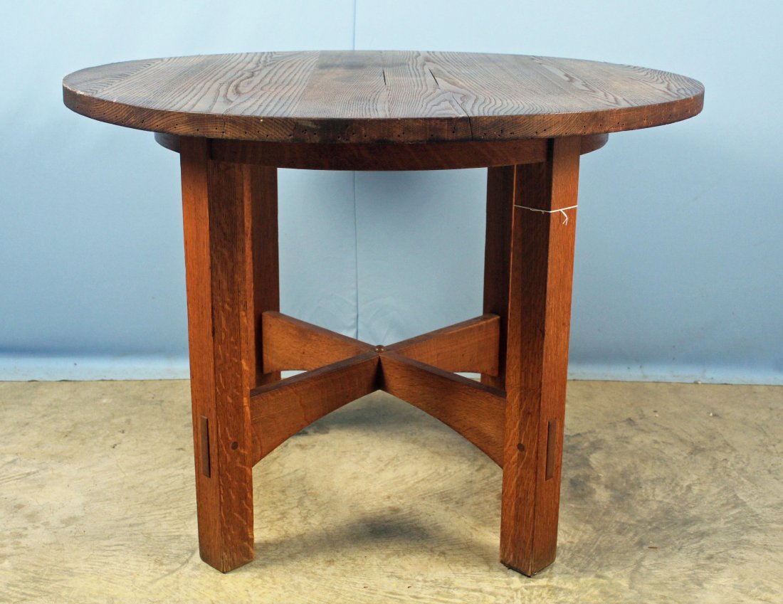 Arts & Crafts Oak Dinning Table
