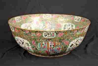 Exceptionally Large Chinese Rose Medallion Bowl