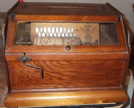 1: Concert Roller Organ