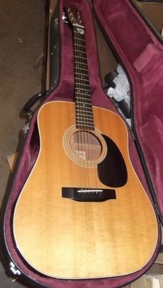 17: Fender Acoustic Guitar
