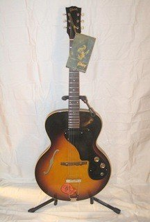 46: RARE Gibson 1964 ES-120T w/ skylark amp