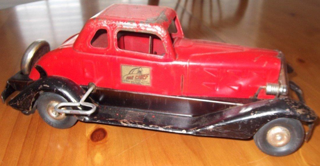 28: Hoge Fire Chief Car