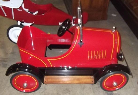 4: 1930's Sidway pedal car