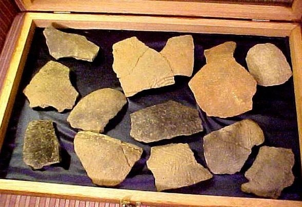 21: INDIAN ARTIFACTS from theTugaloo RiverDig of 1957