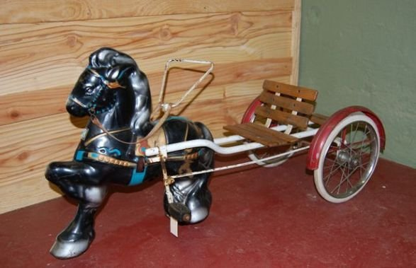 15: MOBO pedal horse & cart