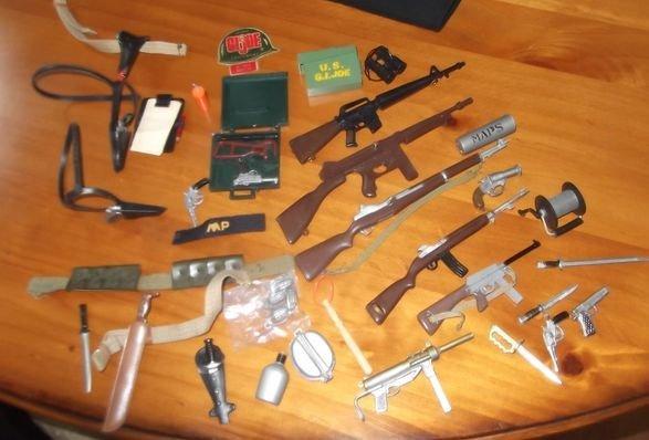23: Gi Joe  guns and accessories