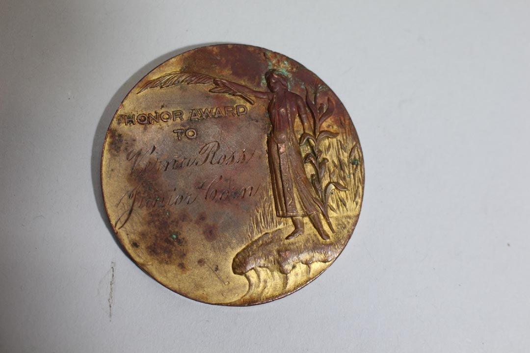 1898 - 1899 Trans-Mississippi Medallion And Pins - 3