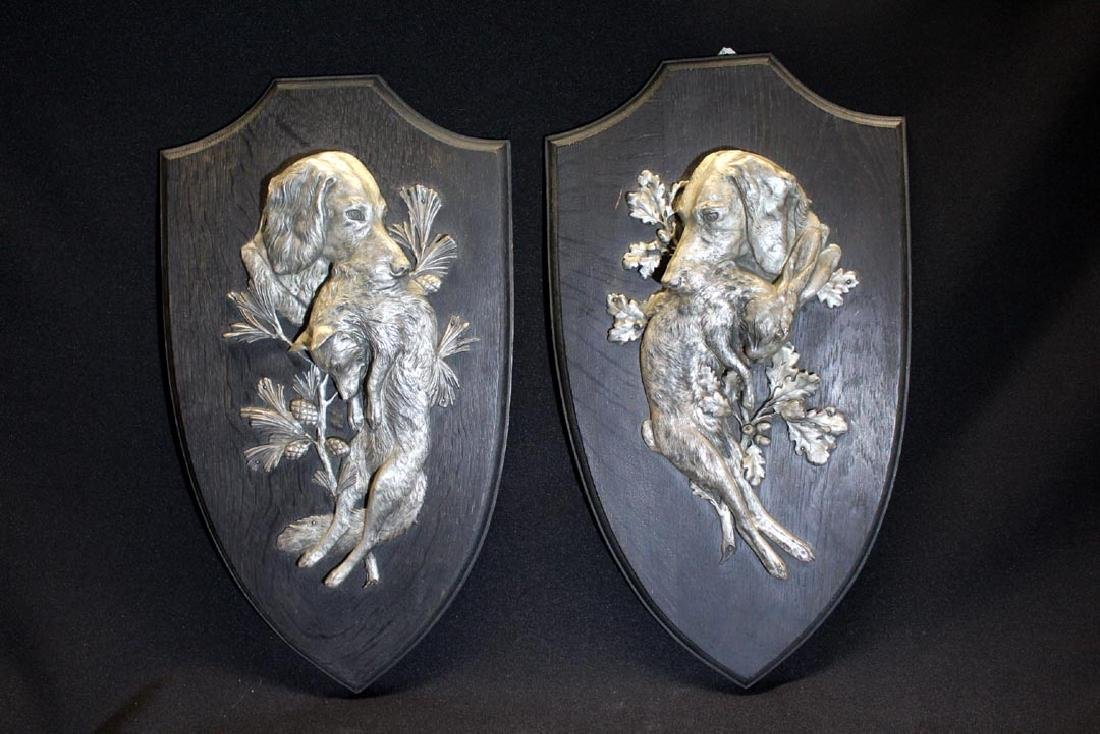 Pair Of Hunting Dog Plaques