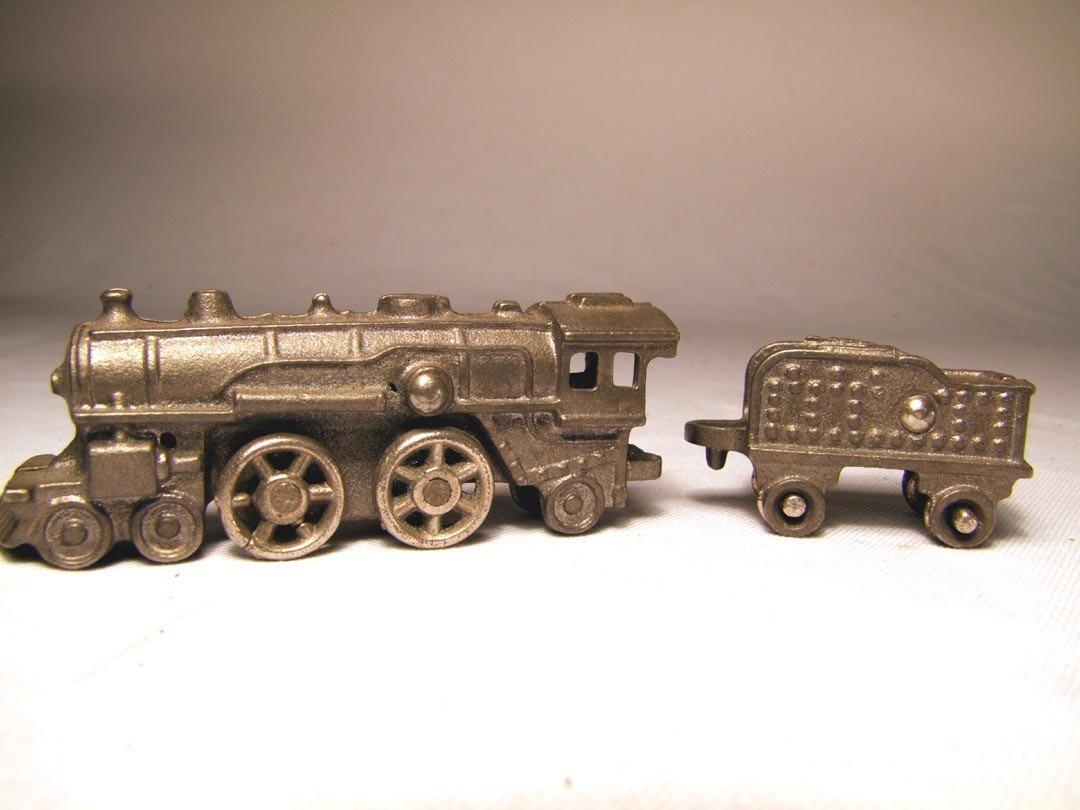 220: Cast Iron Engine And Coal Car - 2