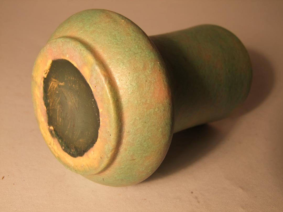116: Roseville Carnelian Vase - 2