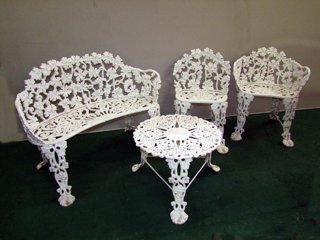 3: 4-Piece Iron Garden Set