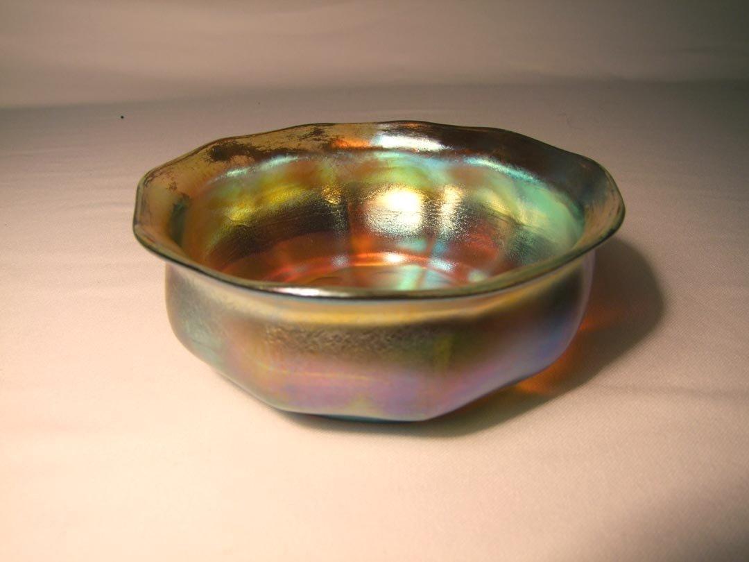 """54: Gold Ribbed Tiffany 7"""" Bowl"""
