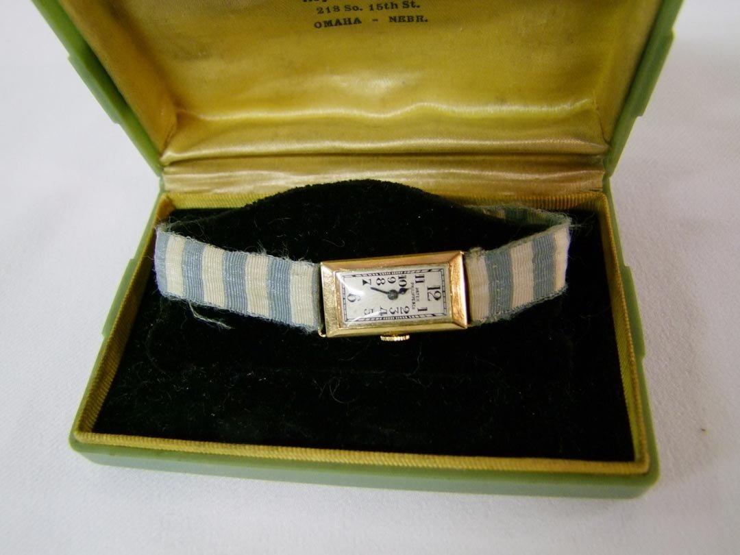 16: 1930s Lady's 18K Patek Philippe Wristwatch