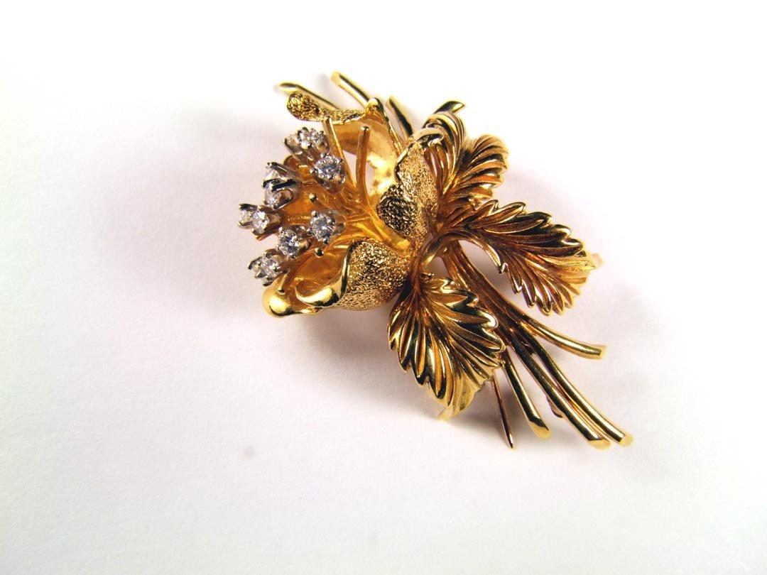 18: 18K Yellow Gold Rose Pin With Diamonds