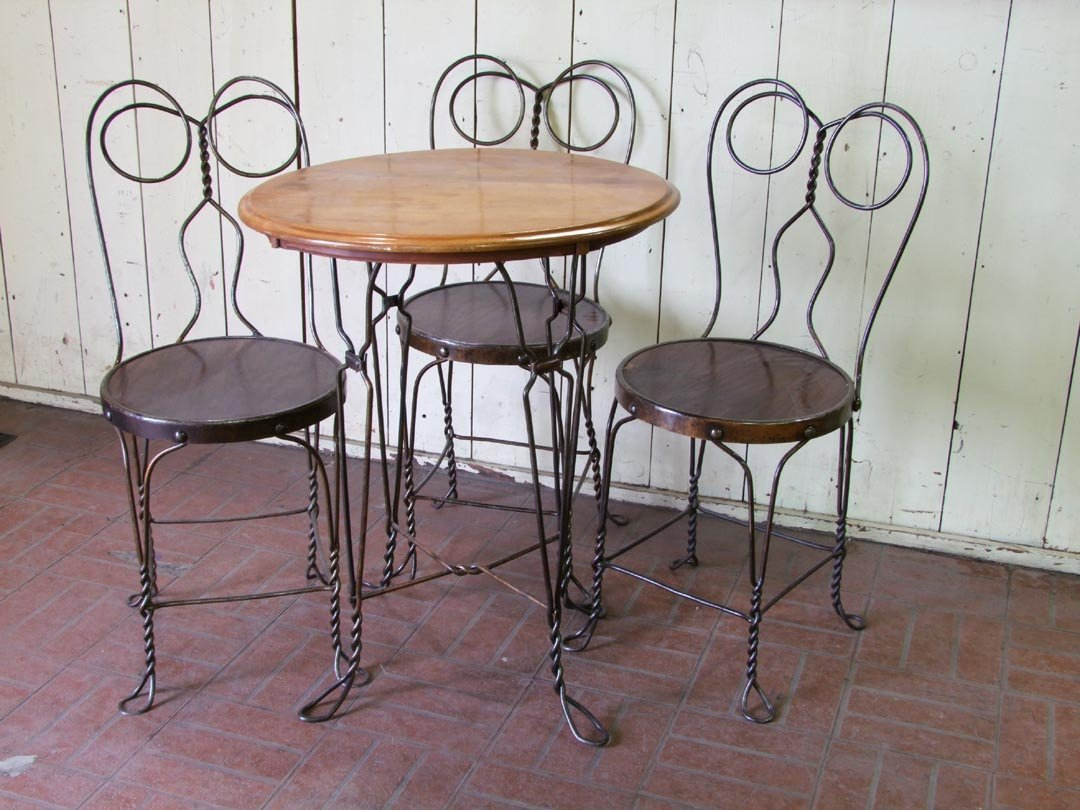 Chicago Wire Chair Ice Cream Parlor Set
