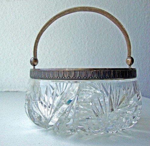 1B: Crystal sugar-basin