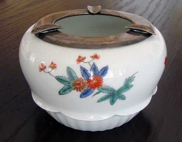 A Porcelain Ashtray, Meissen