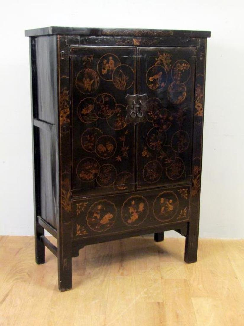 Small Chinese Lacquered Armoire - 4