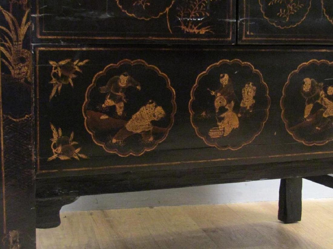 Small Chinese Lacquered Armoire - 6