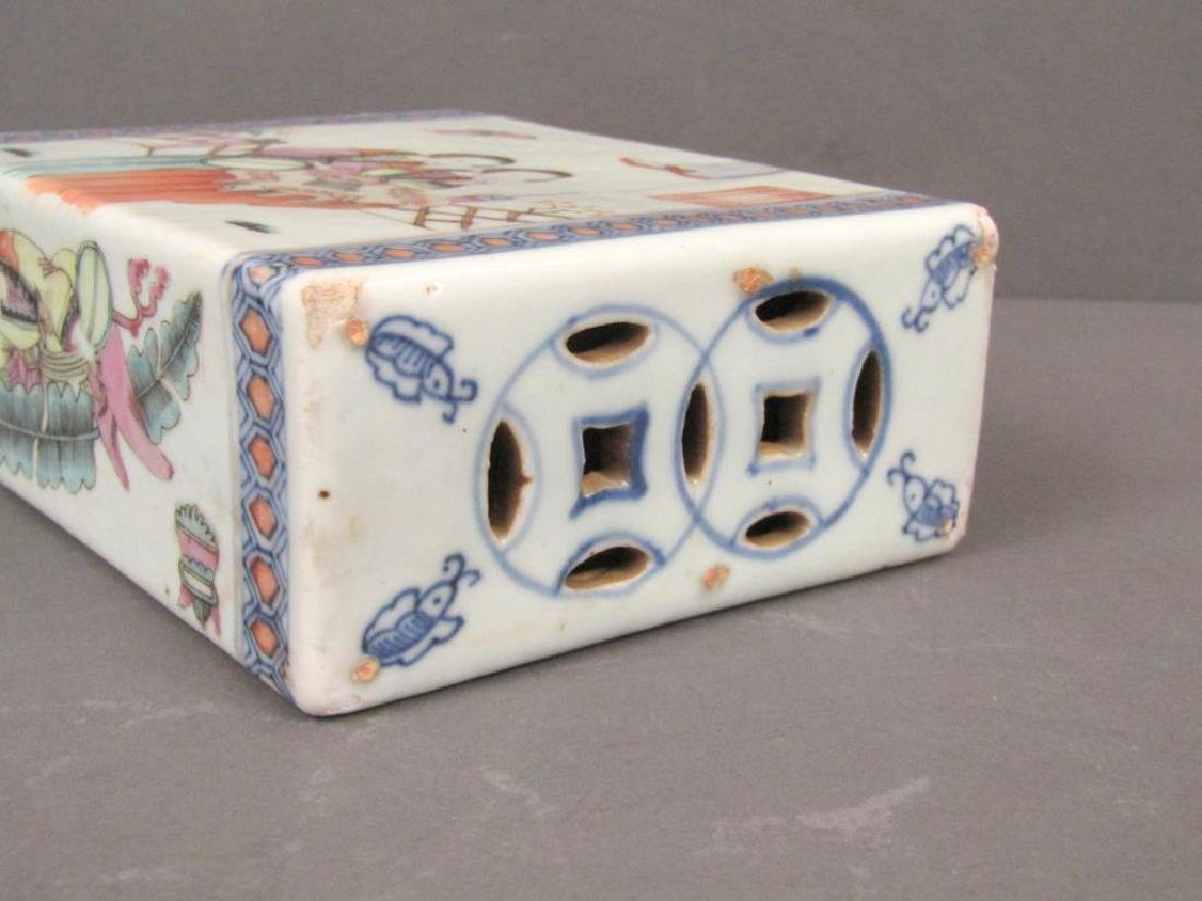 19th Century Chinese Porcelain Small Pillow - 5