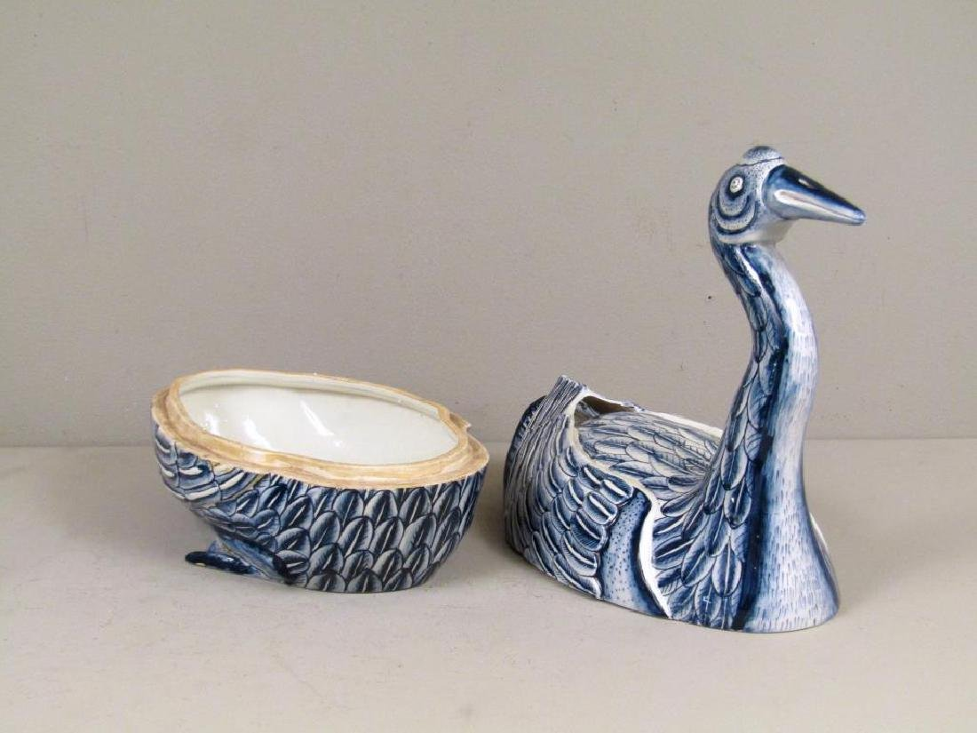 Chinese Blue and  White Porcelain Duck Tureen - 3