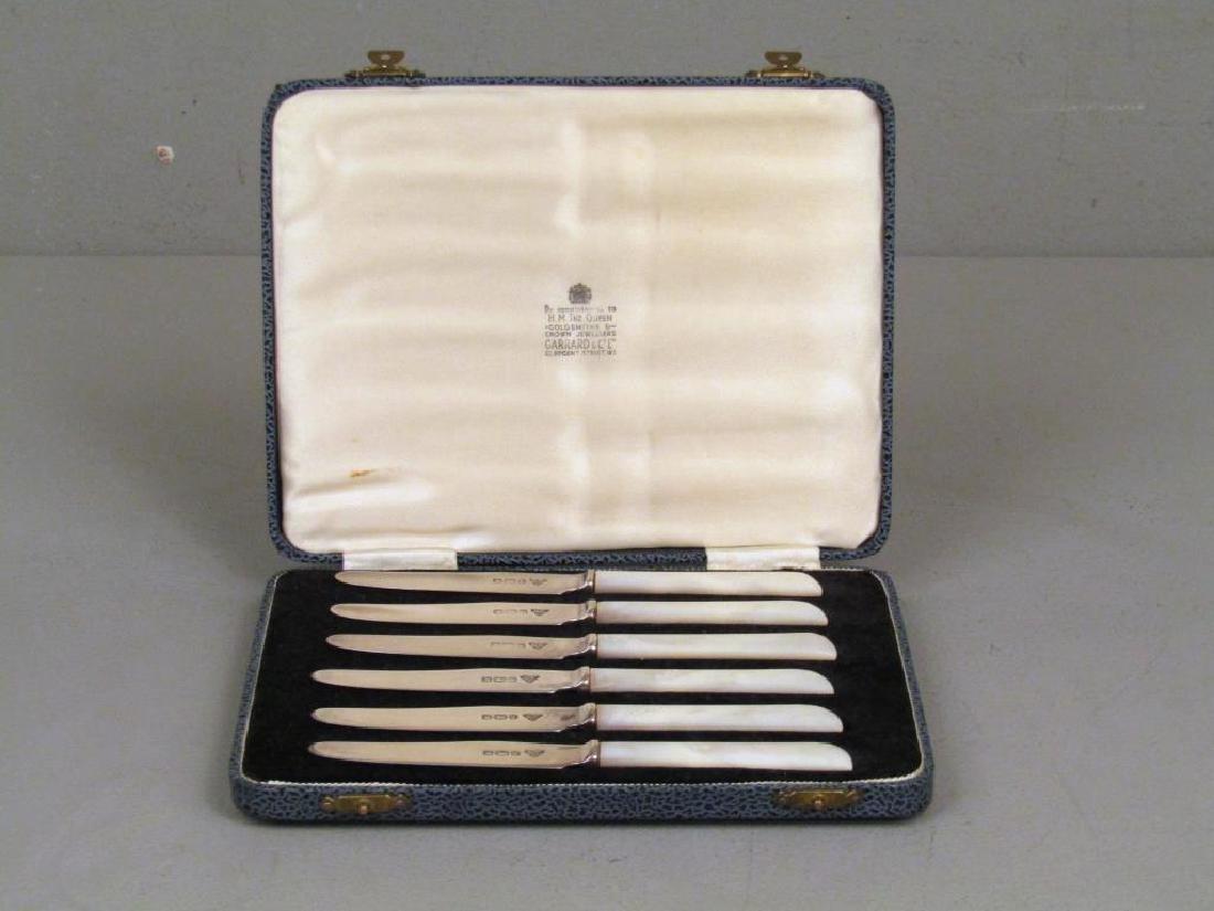 Set of 6 Garrard & Co. Butter Knives