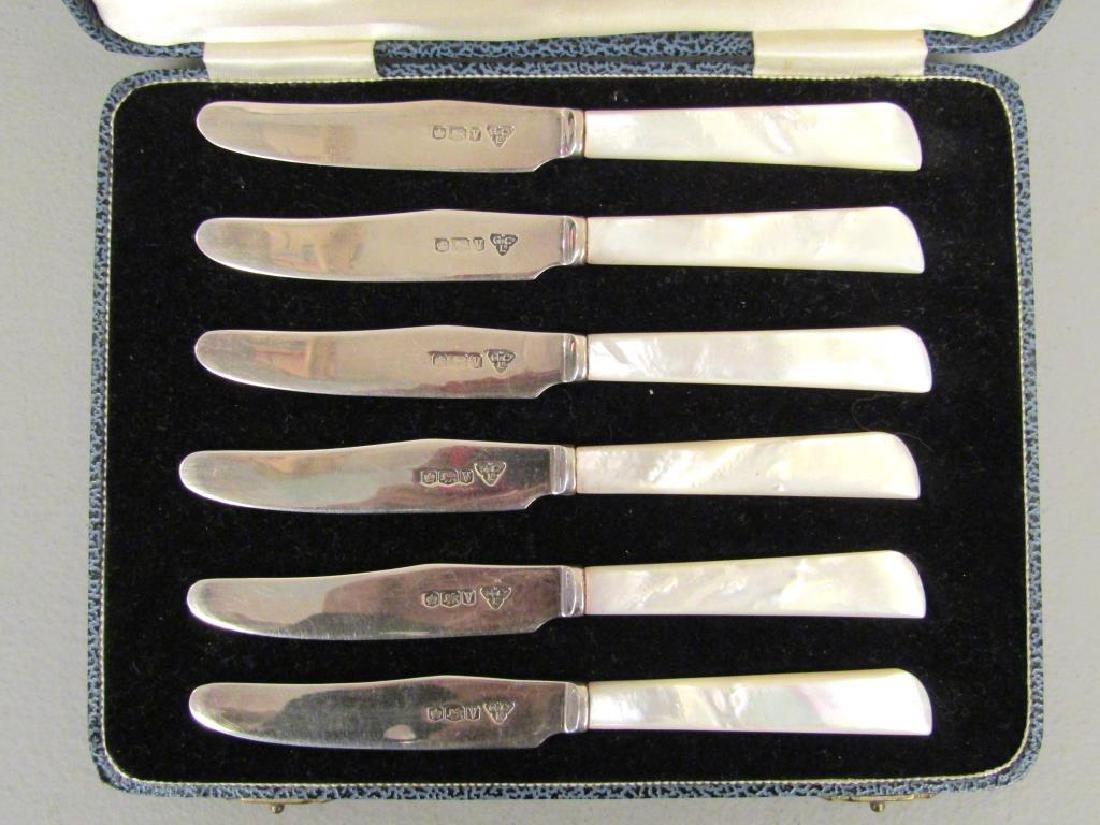 Set of 6 Garrard & Co. Butter Knives - 4