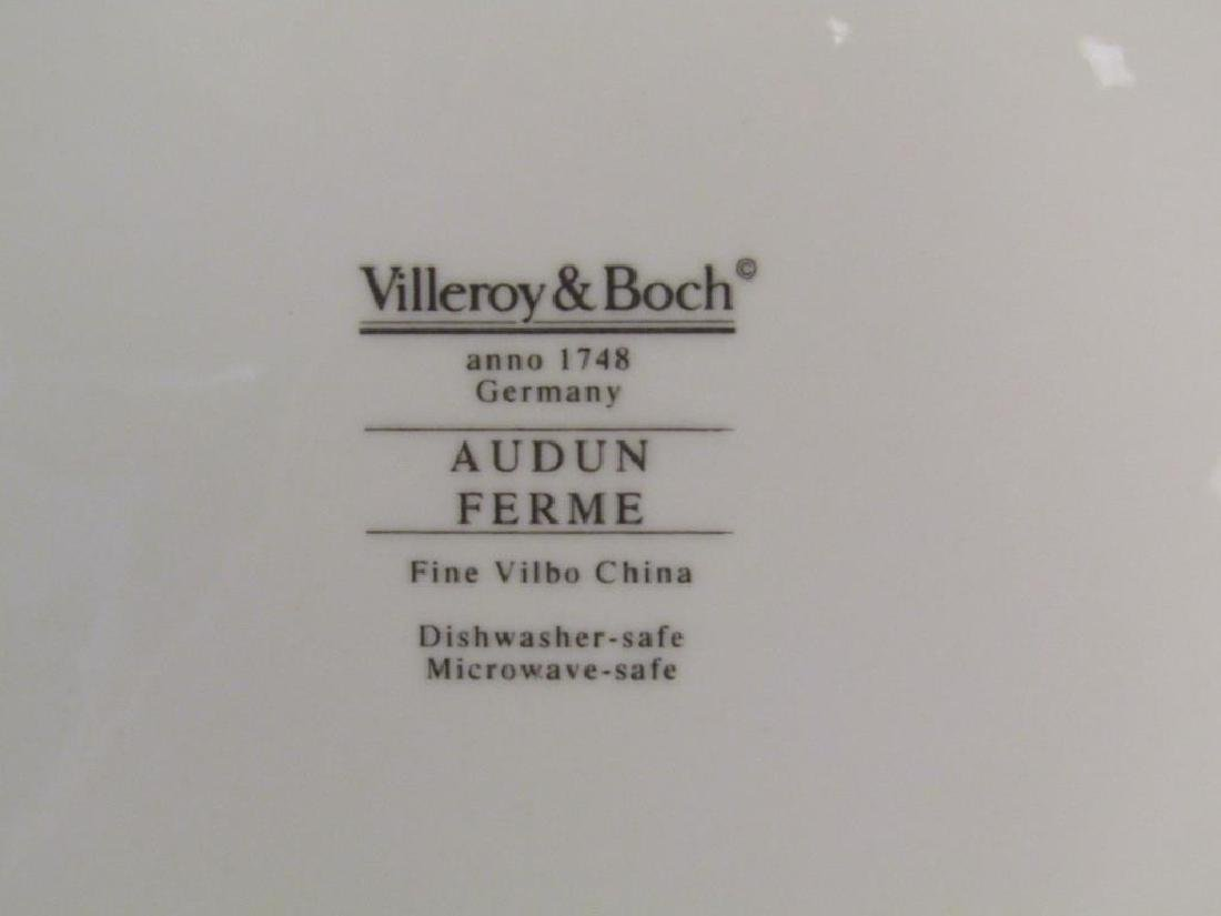 47 Piece Villeroy & Boch China Dinner Set - 9