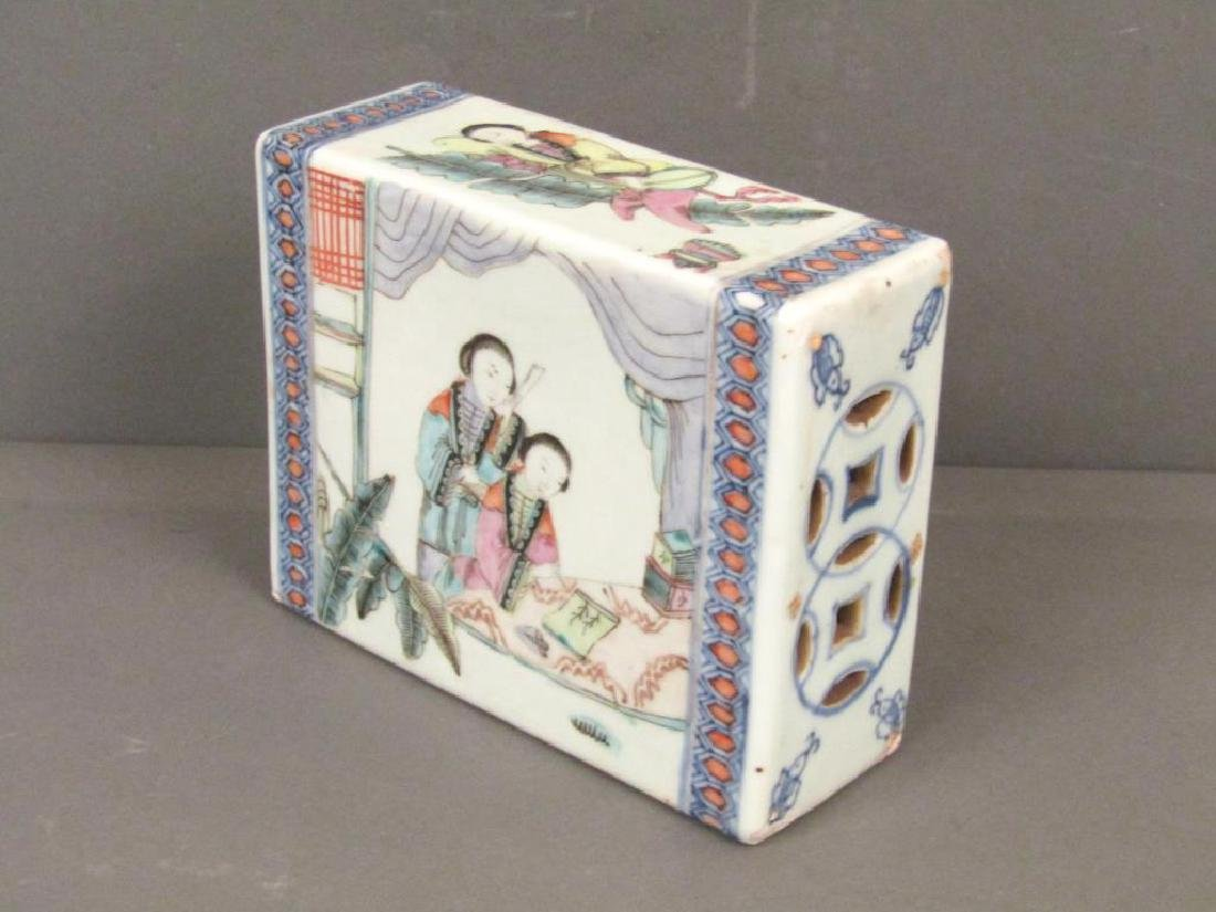 19th Century Chinese Porcelain Small Pillow - 3