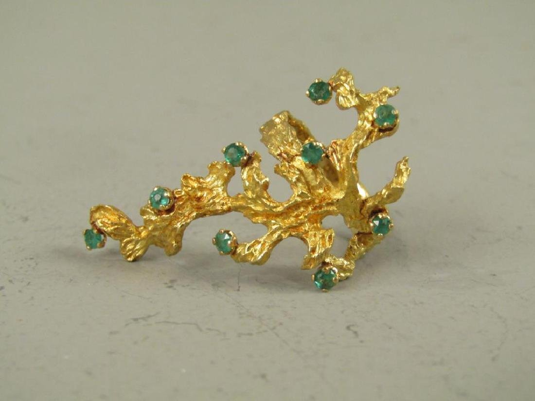 Unusual 18K Gold and Emerald Ring