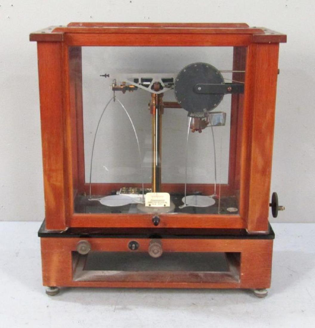 Chainomatic Wood Case Balance Scale