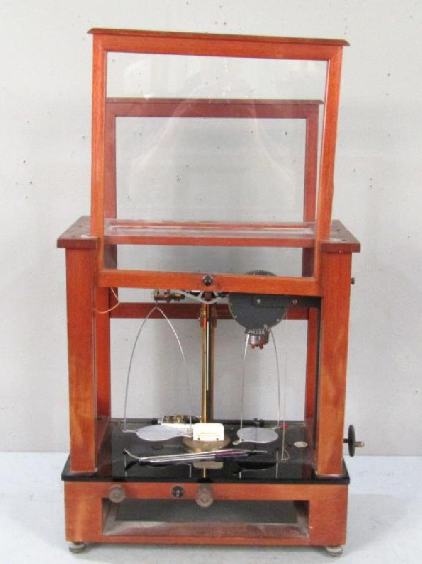 Chainomatic Wood Case Balance Scale - 2